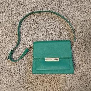 NWOT JustFab green over the shoulder purse bag